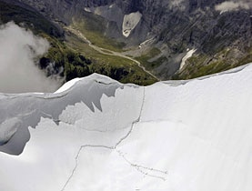 The tracks of the climbers were clearly visible on the flanks of the Jungfrau peak