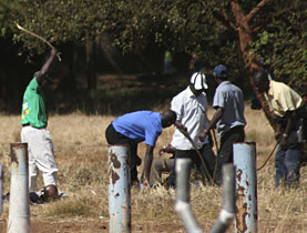 Activists from the ruling Zanu-PF party have launched a campaign of violence against opposition supporters