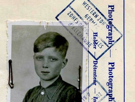 The photograph used on Alfred von Hofacker's travel documents