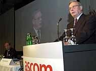 Ascom chairman, Felix Wittlin, speaking at this year's shareholders meeting in Berne.