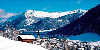 Davos is Switzerland's highest lying alpine town (picture: swiss-image)