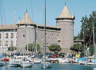 The Morges castle looms over the quay (picture: Switzerland Tourism)