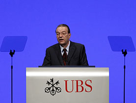 UBS slashes thousands of jobs to cut costs - SWI swissinfo ch