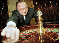 Between 2000 and 3000 croupiers are likely to be needed to work in the new Swiss casinos