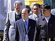 Geneva judge Paul Perraudin (second from left) met with Raul Salinas in his Mexican prison