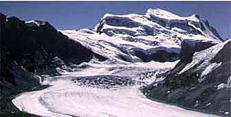 L'imponente Grand Combin ( foto: sito Val de Bagnes)