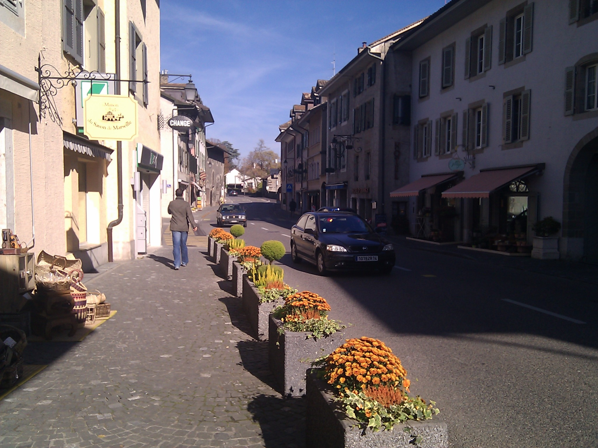 Street scene in Coppet.