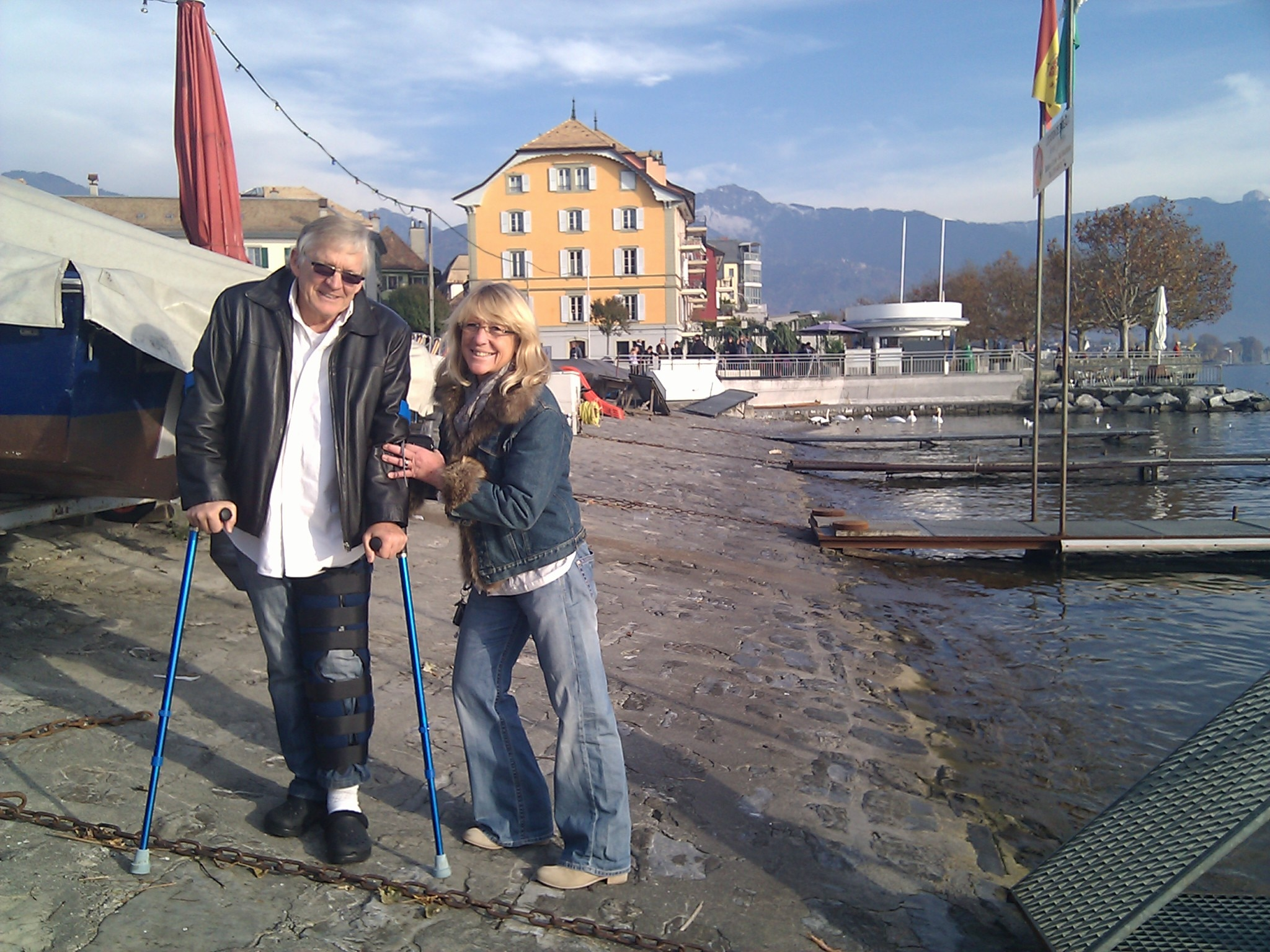 Larry and Martine Ware were planning to paddle Lake Geneva with me, but knee surgery got in the way. Here we are by the harbor in Vevey.