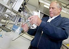 Wüthrich at work - he unravelled the structure of prion proteins linked to mad cow disease