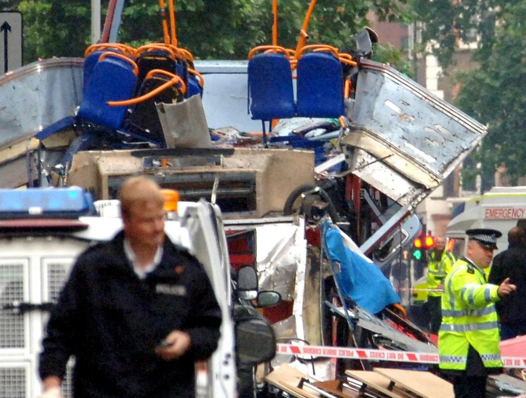 "July 7, 2005. Four suicide bombers kill 52 people and seriously injure at least 150 in attacks on three London underground trains and a bus. In September, al-Zawahri says al-Qaeda carried out the bombings to strike at ""British arrogance"". (Keystone/EPA/David Wimsett/UPPA)"