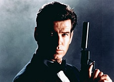 "Pierce Brosnan plays James Bond in ""Die Another Day"" (jamesbond007.net)"