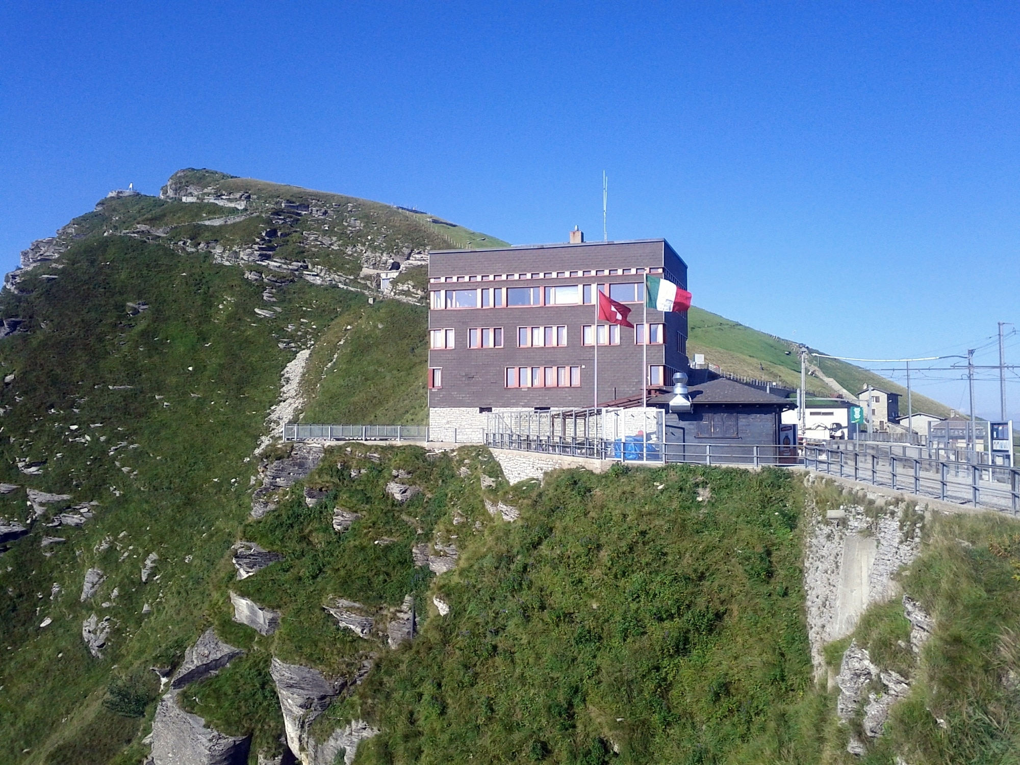 The La Vetta restaurant and the station near the summit of Monte Generoso.