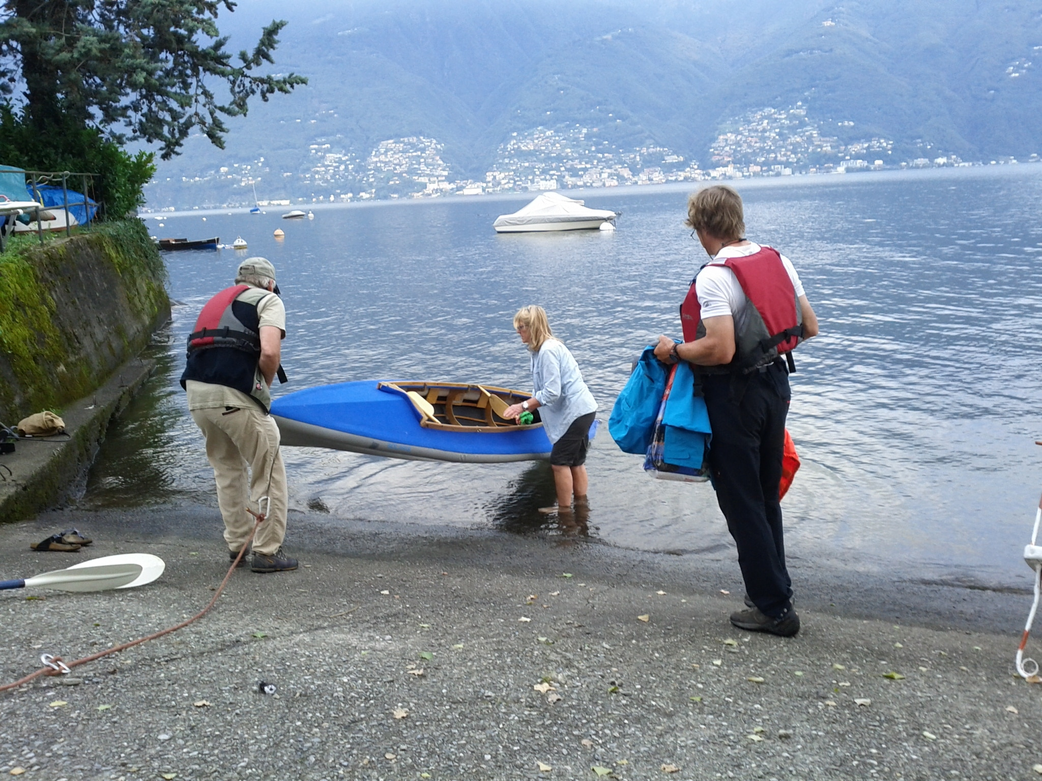 Larry and Martine Ware putting our boat into the water for the crossing of Lago Maggiore.