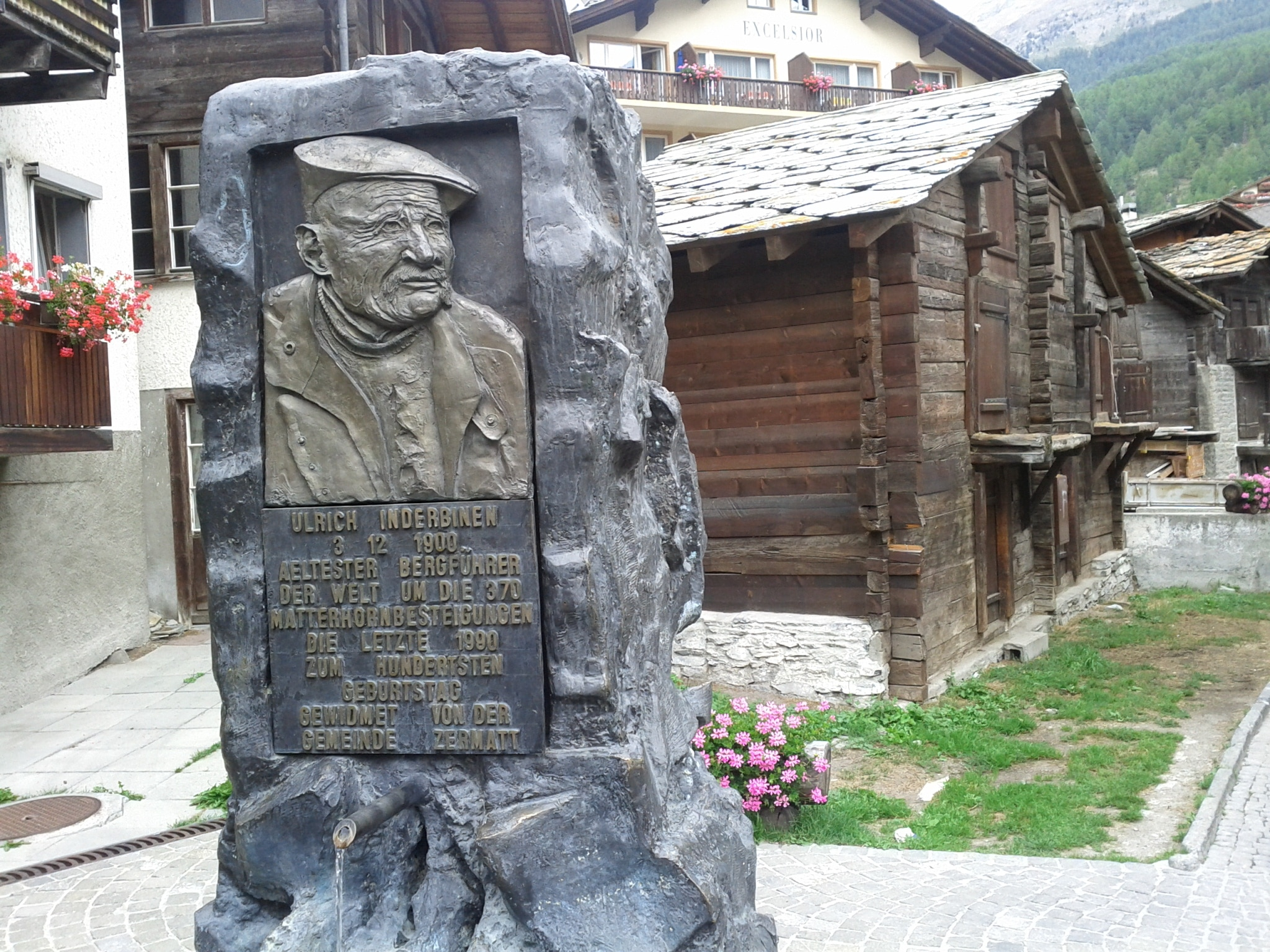 Memorial to local legend Ulrich Inderbinen​, a guide who lived to the age of 104. I saw him in 1990, when he climbed the Matterhorn for the last time - at the age of 90.