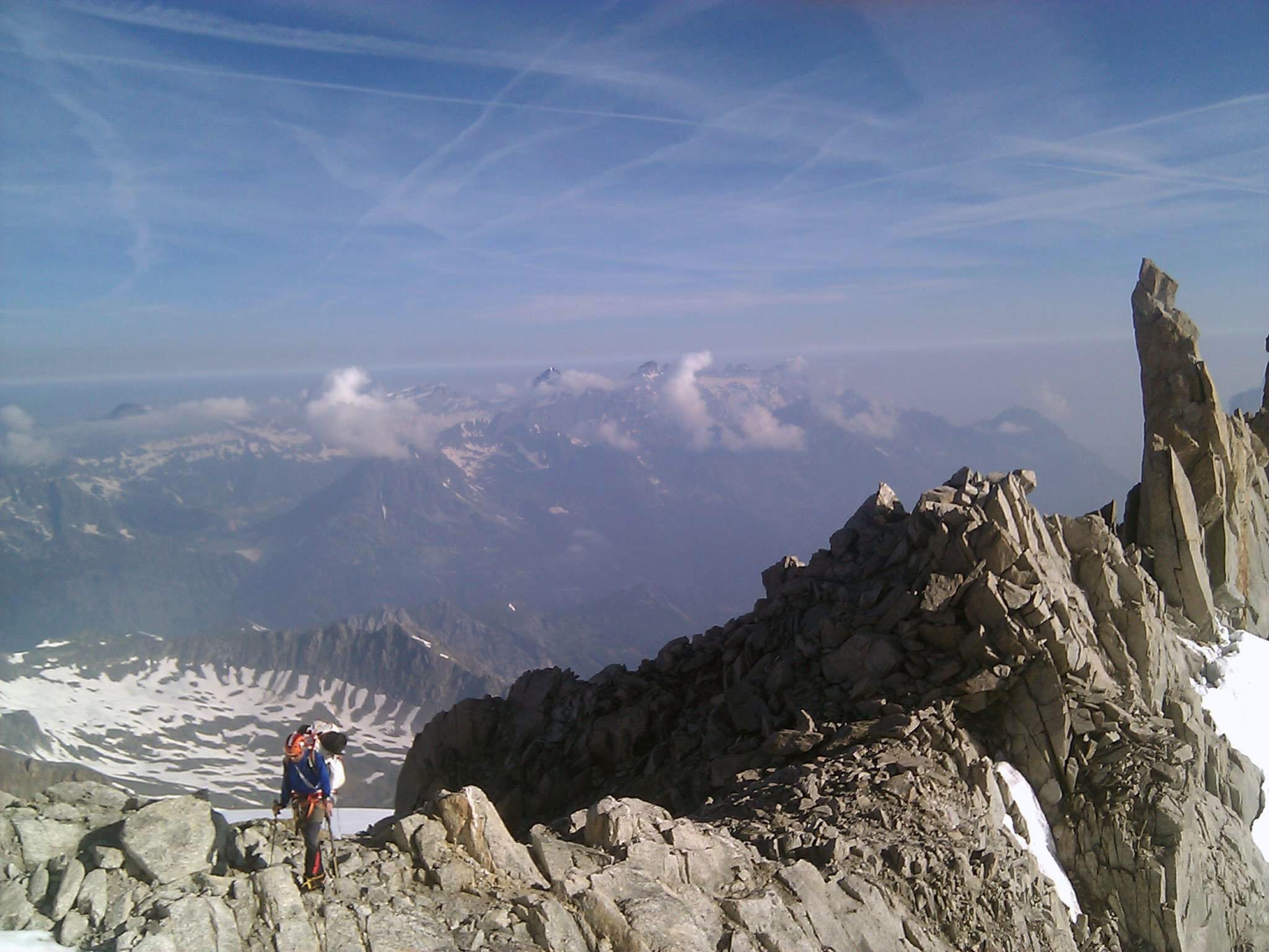 """29 de junho de 2010: """"Caminhando nas montanhas."""""""