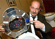 Nothing is too potty - Germany's Axel Benkhardt presents his talking toilet