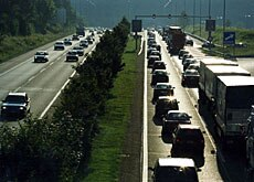 Half of Swiss commuters travel by road