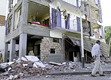Widespread destruction in Algiers