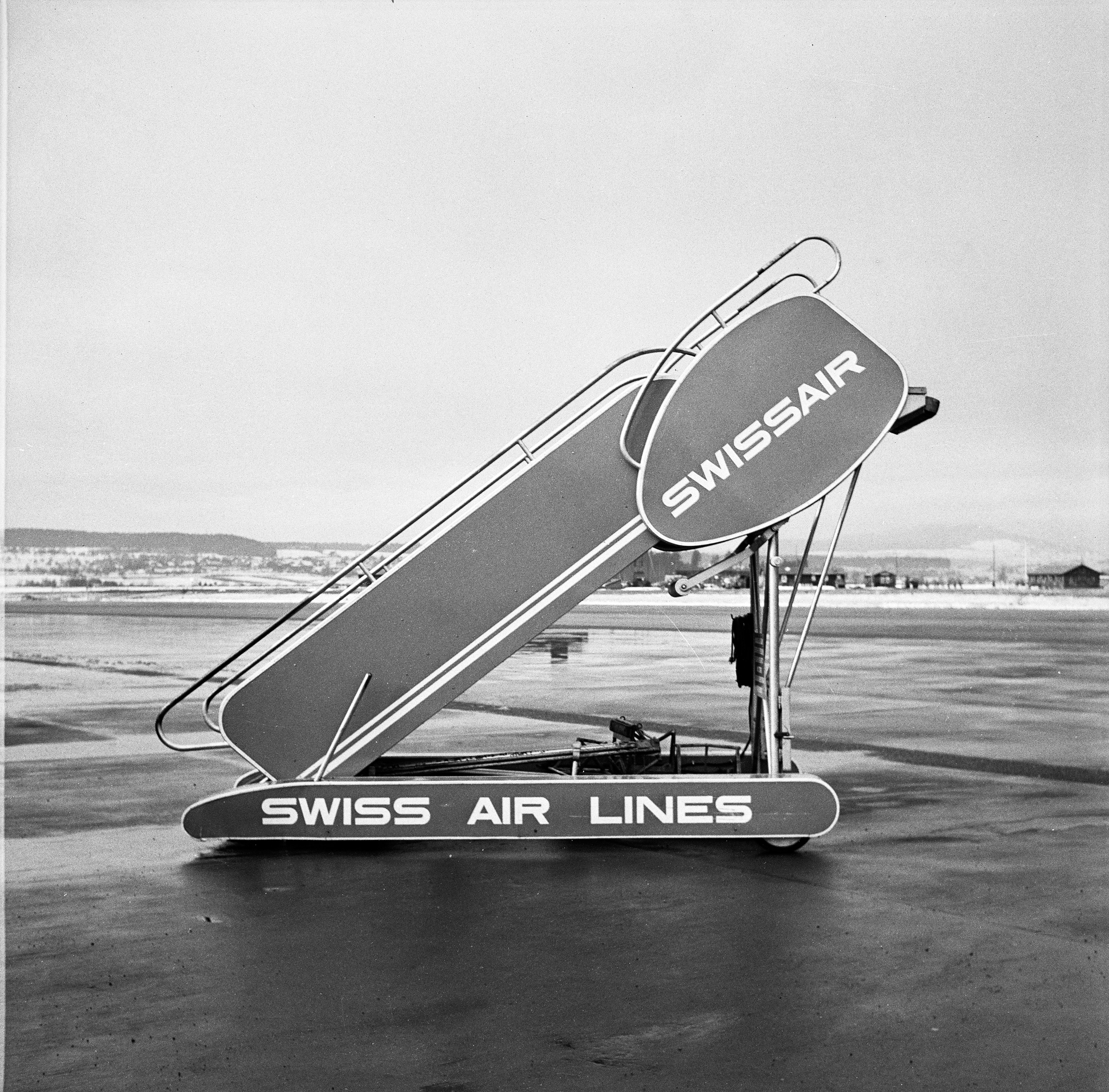 Mobile stairs at Zurich in the 1950s