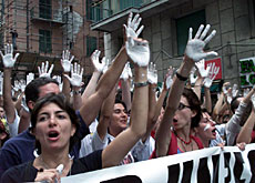 NGOs and civil society will have their say in Geneva, unlike these demonstrators at the G8 summit in Genoa in 2001