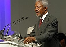 UN Secretary-General Kofi Annan speaks during the opening of the summit