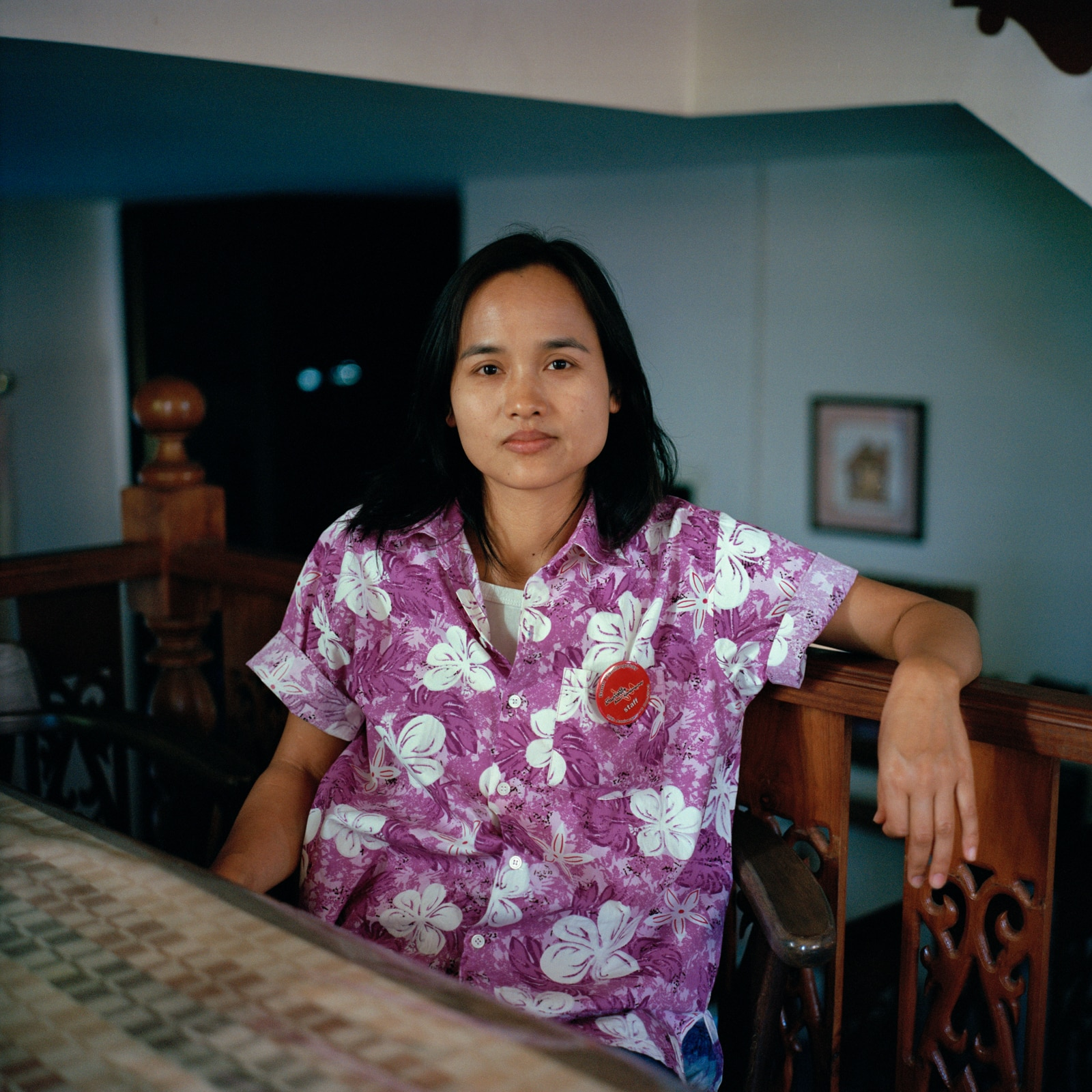 Fon, 34, has worked at the centre for a year. She looks after Beda with two other caregivers in eight-hour shifts. The nursing staff earns around 9,000 Thai bahts per month (around CHF250).