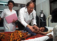 Beat Richner at work in one of his Cambodian hospitals