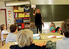 Are teachers from Germany the answer to a perceived lack of language skills in Swiss schools?