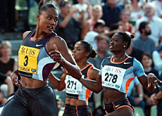 Marion Jones winning the women's 100m in Zurich in 2002
