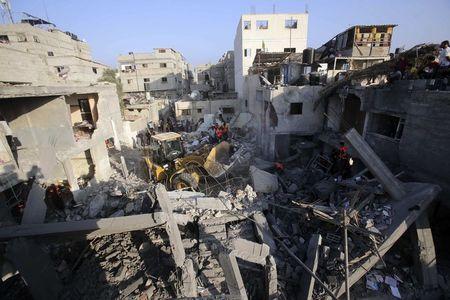 مقتل 74 فلسطينيا وإسرائيل تواصل هجومها على غزة - SWI swissinfoch