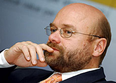 Chief executive Dirk Lohmann has plenty of food for thought (Keystone Archive) - keyimg20040831-5182621-0-data