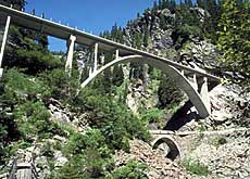 Historic mountain passes and bridges are getting pride of place (photo: viastoria.ch)