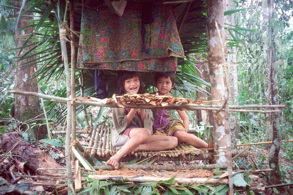 He was looking for the nomadic Penan, who live in the rainforest.