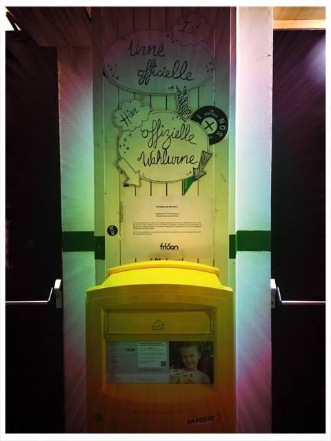La cassetta postale è in bella vista: nessuno potrà non notarla! (fri-son)