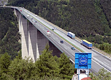 About 1.8 million trucks crossed the Europa Bridge on the Brenner Pass in 2004