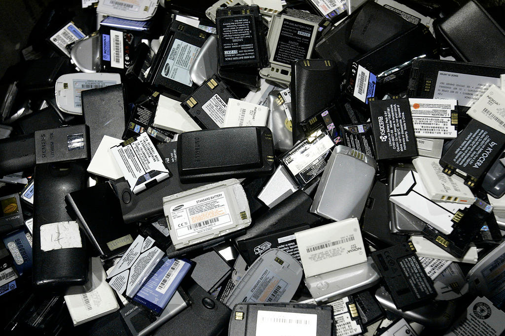 a769054ec95 Scientists charge ahead with sodium and magnesium batteries - SWI ...