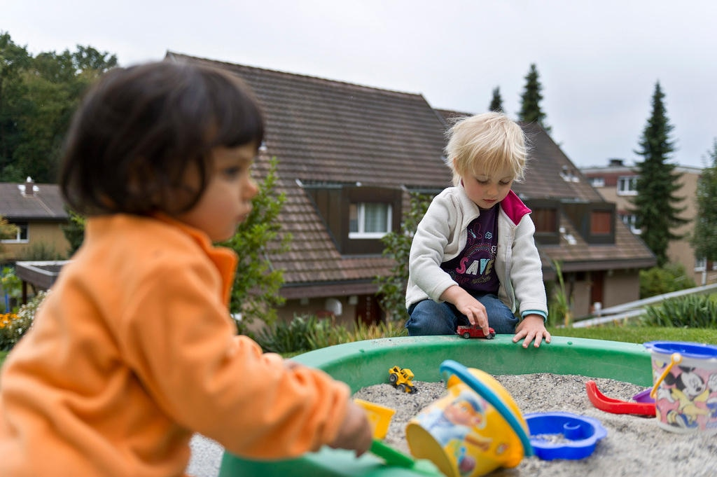Follow Up Lacking On Kids Flagged By >> Swiss Still Have Work To Do On Child Rights Swi Swissinfo Ch