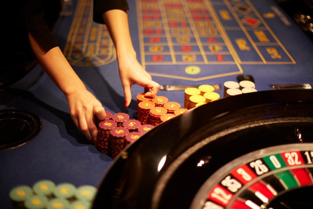 Penalty for not reporting gambling winnings las vegas sports gambling online