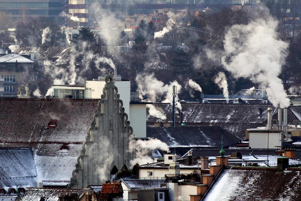 Schweizer-Klimapolitik-Im-Ausland-gelobt-im-Inland-kritisiert