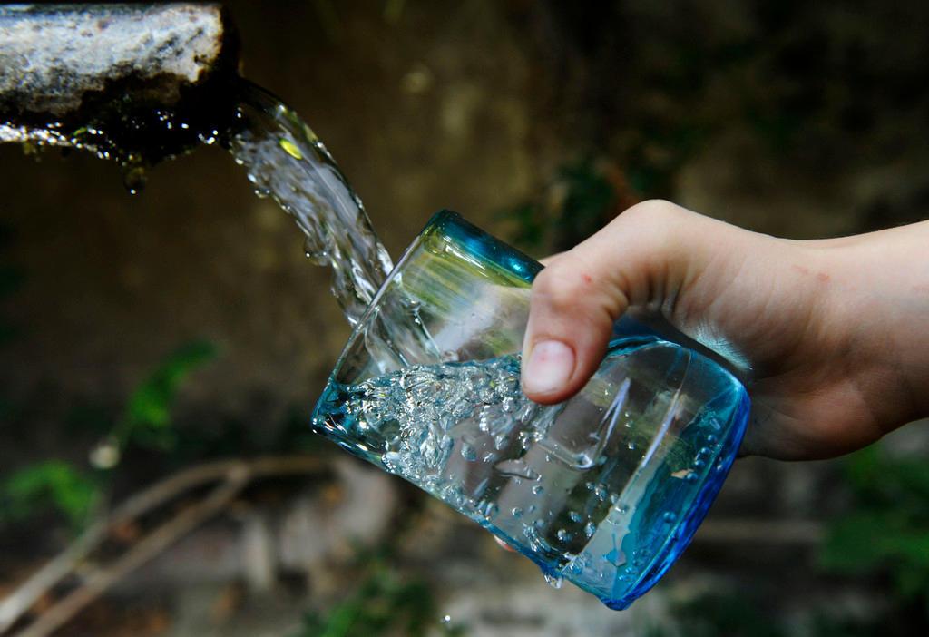 Schweizer-Wasserverbrauch-ist-gr-sstenteils-importiert-