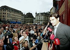 Federer speaks to his fans from the balcony of Basel's town hall