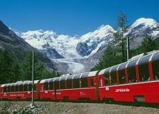 The Bernina Express has been shortlisted for World Heritage status (Rhätische Bahn)