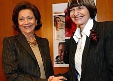 Calmy-Rey (right) with Suzanne Mubarak at a meeting in Geneva last year