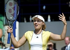 Can Hingis rediscover her winning ways?