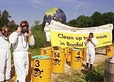 Greenpeace protested at the Bonfol site in 2000