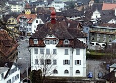 Towns like Sarnen hope to benefit from Obwalden's new tax regime