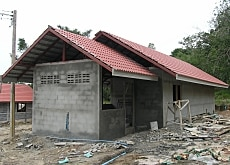 Swiss agencies are rebuilding the homes of the tsunami survivors in four Thai villages (SDC)
