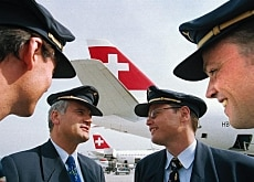 The deal lifts the threat of strikes by Swiss regional pilots
