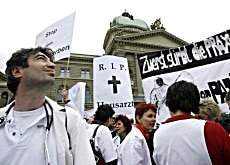 Medical staff turned out in large numbers in Bern on Saturday