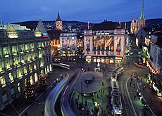 Zurich's bright lights prove alluring to expatriates